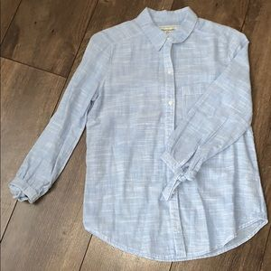 Long sleeve woven button up